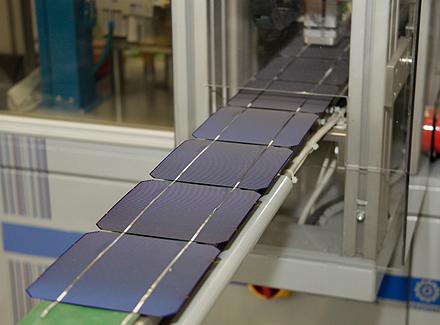 Solarzellen werden zu Solarstings 01